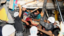 Equateur: au moins 233 morts dans le pire séisme en près de 40 ans