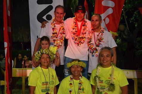 Le podium masculin avec Teiva Izal au sommet ! ©Aitosport