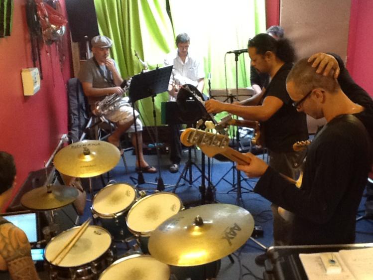 Manahune tour 2016 : Le groupe part en tournée avec de nouveaux musiciens