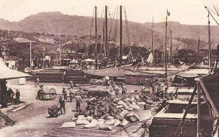 Papeete d'antan, le quai du commerce