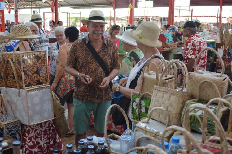 En 2015, plus de 183 000 touristes ont été accueillis en Polynésie, soit une hausse de 1,8 % par rapport à 2014