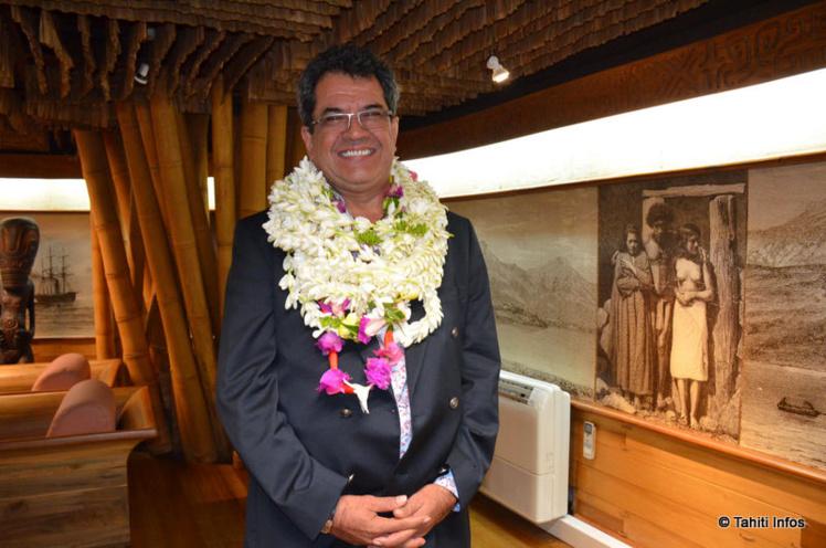 Edouard Fritch, Président de la Polynésie française, ce samedi matin dès son retour au fenua.