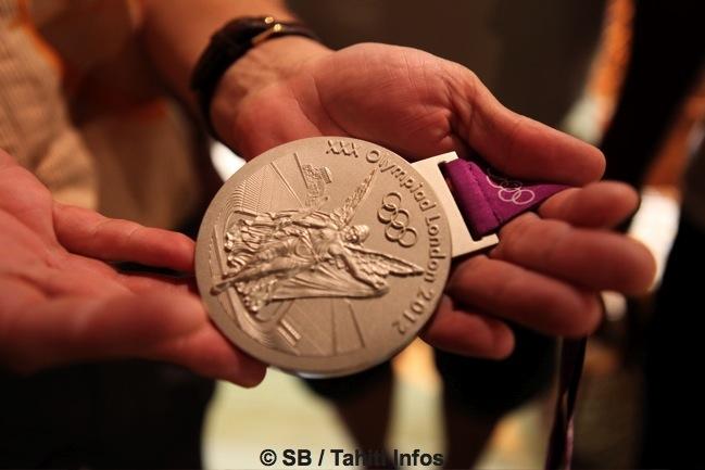 La médaille d'argent obtenue par Anne Caroline Graffe en 2012