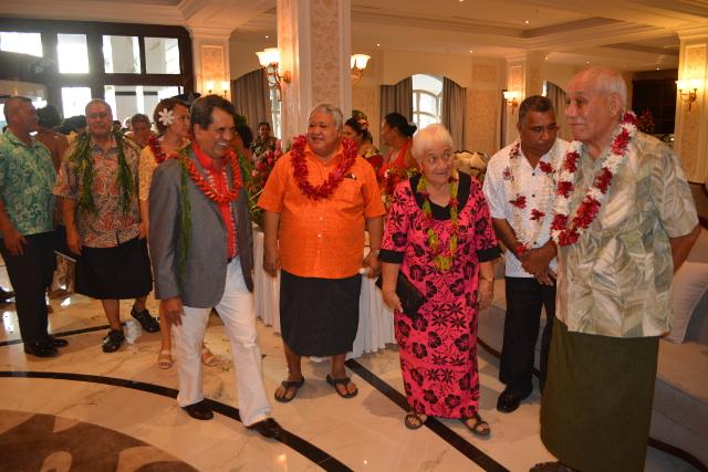 Edouard Fritch en compagnie du roi des Samoa, Tufuga Efi, et du Premier ministre des Samoa, Sailele Malielegaoi.