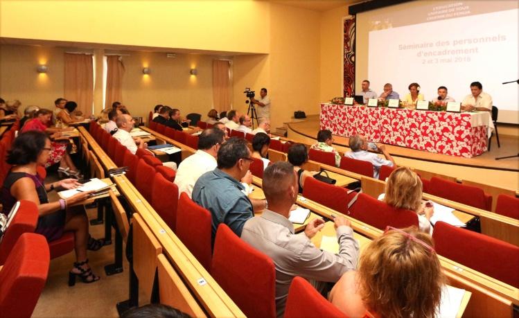 les chefs d'établissement des collèges et lycées, ainsi que leurs adjoints, et les corps d'inspection des 1ers  et 2nd  degrés se sont réunis lundi lors d'un séminaire consacré au climat scolaire