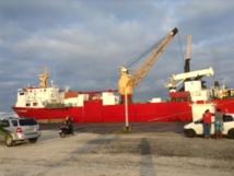17 000 litres de gasoil ont été livrés ce mardi matin à Makemo à la SEM Te Mau Ito Api.
