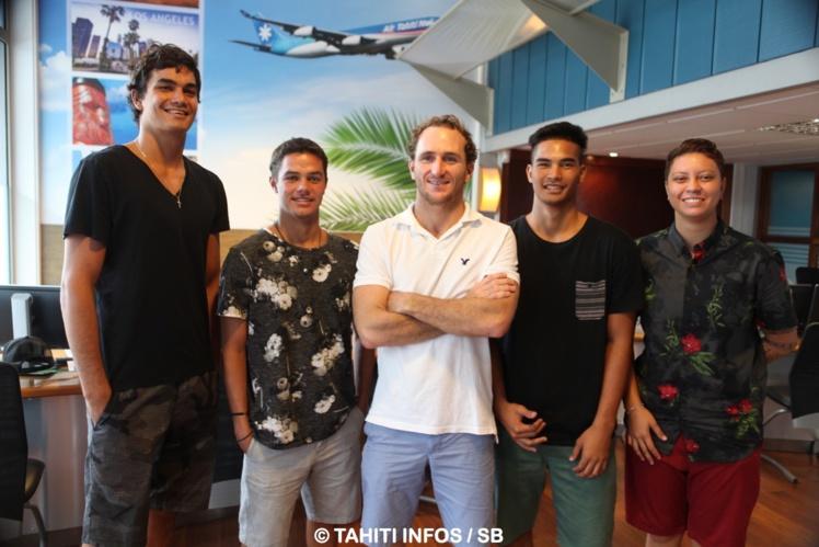 Lorenzo, Mateia, Steven, O'Neil et Karelle