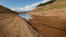 La Californie assouplit les restrictions d'eau, mais la sécheresse continue