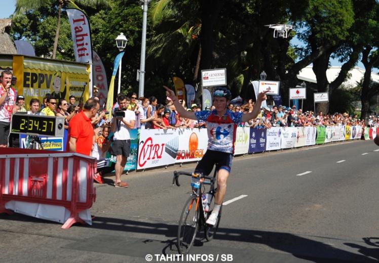 Le Néozélandais Liam Aitcheson, grand gagnant de la Ronde Tahitienne 2016