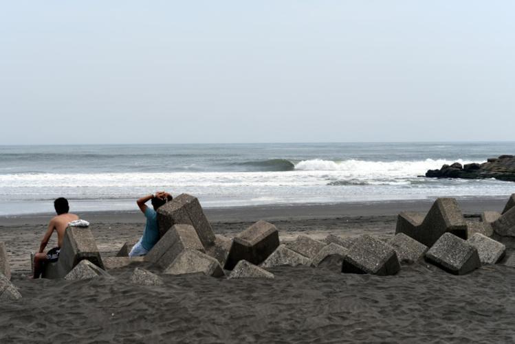 Le spot Japonais a proposé pour l'instant des vagues de petite taille