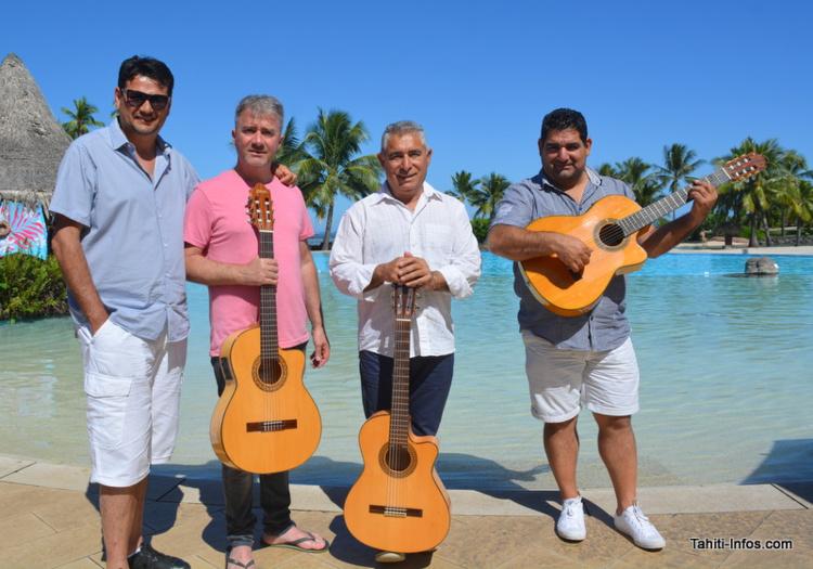 Tolino et Mario à la guitare accompagneront Kiko et son fils Juanito, à la guitare et au chant.