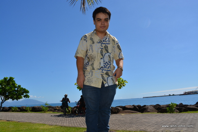 Raphaël est atteint du syndrome d'asperger, une combinaison d'une précocité intellectuelle et d'un petit déficit de communication