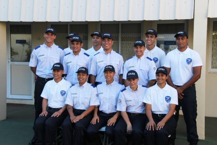 Sept nouveaux Polynésiens désormais policiers (photos)