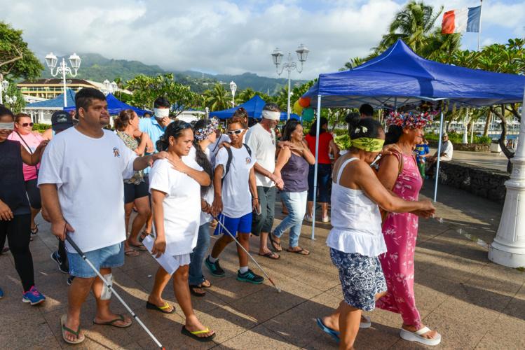 Marche pour la vue à Papeete
