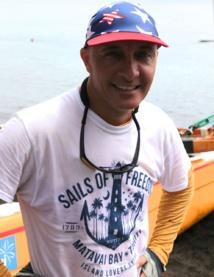 Pirogues à Voile – Championnat 2016 # 3 : Steeve Teihotaata participe et gagne, malgré la grosse houle