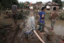 Indonésie: le bilan des inondations et glissements de terrains monte à 47 morts