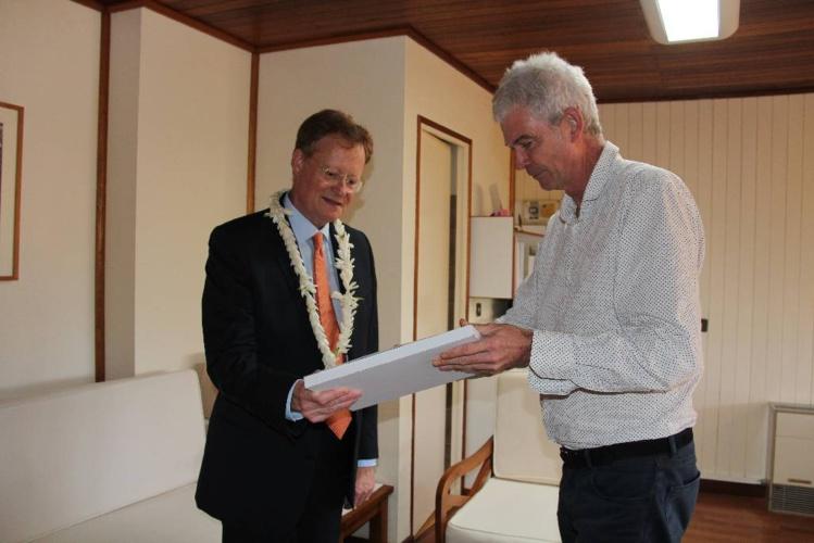 Entretien entre le haut-commissaire Bidal et le directeur de l'IEOM