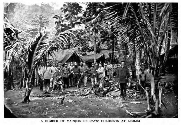 Une des rares photos des 60 colons arrivés à Likiliki après avoir quitté Port-Breton ; ils ne résisteront pas au climat et à l'environnement hostile.