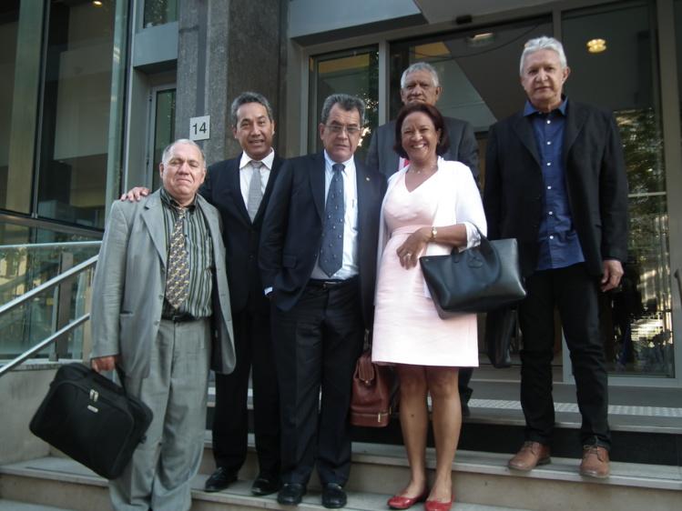 Le président du Pays Edouard Fritch, le président de l'assemblée Marcel Tuihani, Roland Oldham, de l'association Moruroa e Tatou ainsi que le représentant de l'association Tamarii Moruroa participeront à cette réunion.