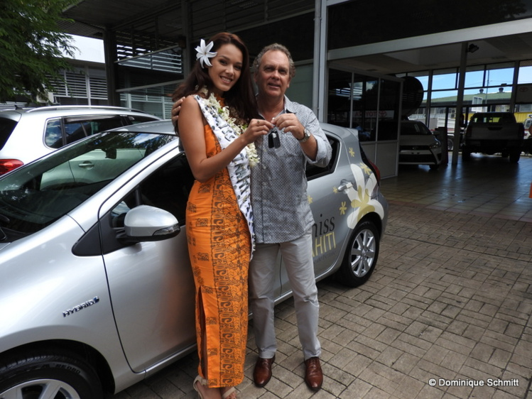 Lionel Foissac a remis les clés de sa voiture à notre nouvelle reine de beauté.