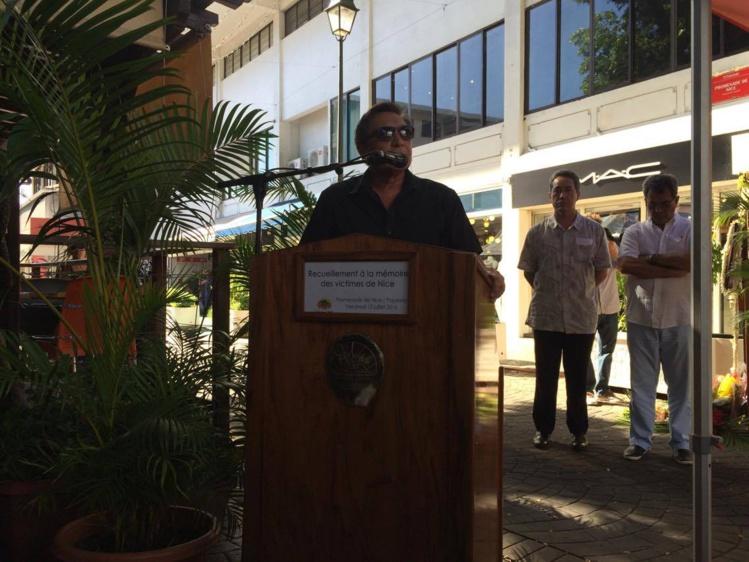 Tahiti rend hommage aux victimes de l'attentat de Nice
