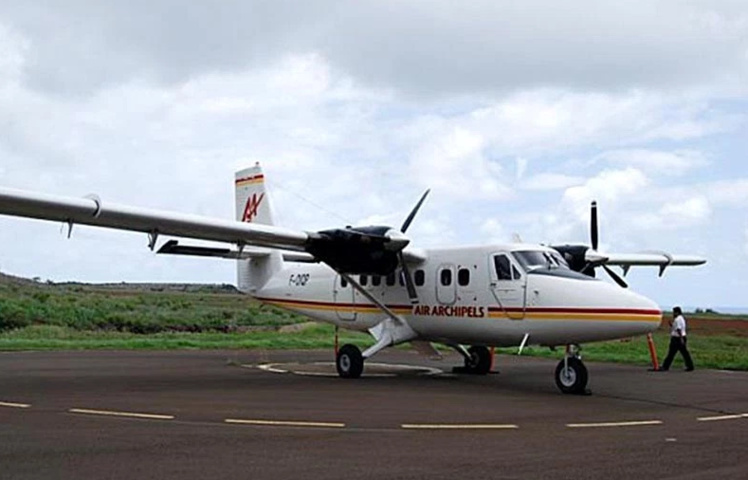 Marquises : L'atterrissage d'urgence à Ua Huka dû à l'échauffement du moteur de la climatisation