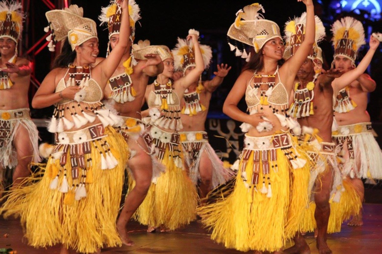 Era'i te toa nō Avera, inscrit en catégorie Hura ava tau, a participé pour la première fois au Heiva i Tahiti le 14 juillet dernier. La troupe a retracé l'histoire d'un guerrier de Rurutu du nom de Tanetee.