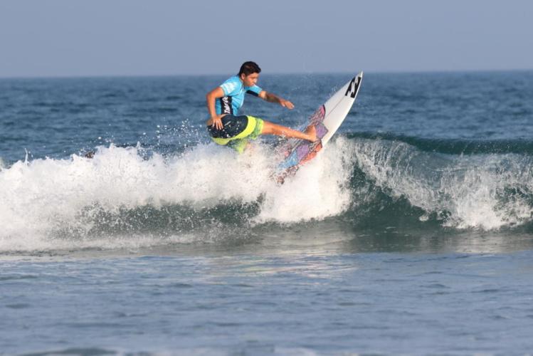 Les conditions ont été difficile au Japon, avec des vagues petites