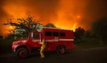 """L'incendie de Sand en Californie, une """"bête"""" qui dévore tout"""