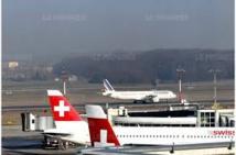 Fausse alerte à la bombe à l'aéroport de Genève: une femme voulait retenir son mari