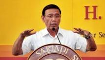 Remaniement en Indonésie: un ex-général controversé nommé ministre de la Sécurité