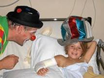 Clown hospitalier, un vrai métier qui s'apprend au Rire médecin