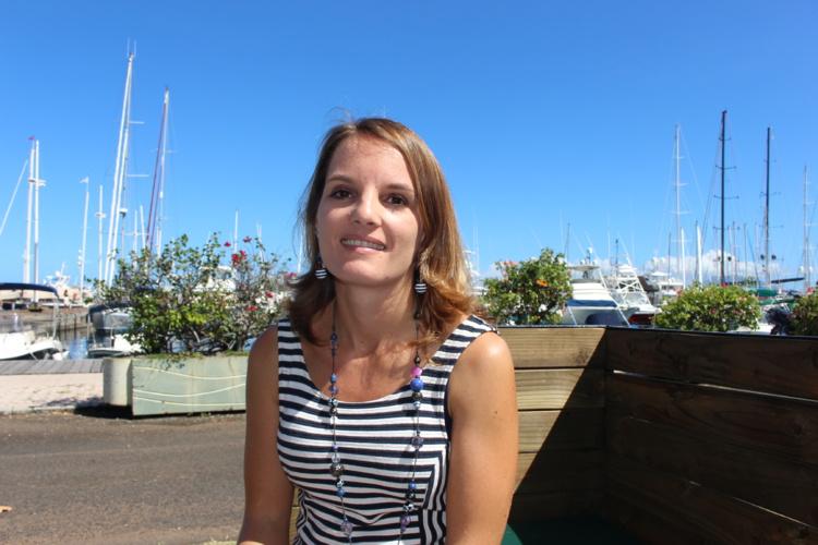 Flora Loge vit à Huahine depuis un an. Elle vient de passer quatre années à Rangiroa. Elle a proposé ses services au duo de cobaturage.fr pour développer le concept localement.