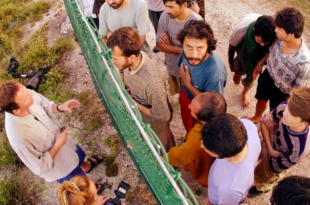 Australie: des centaines de cas d'abus à l'encontre des migrants (presse)