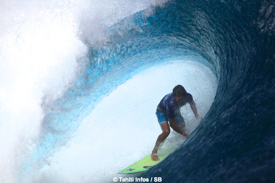 Matahi Drollet a su trouver les vagues à points