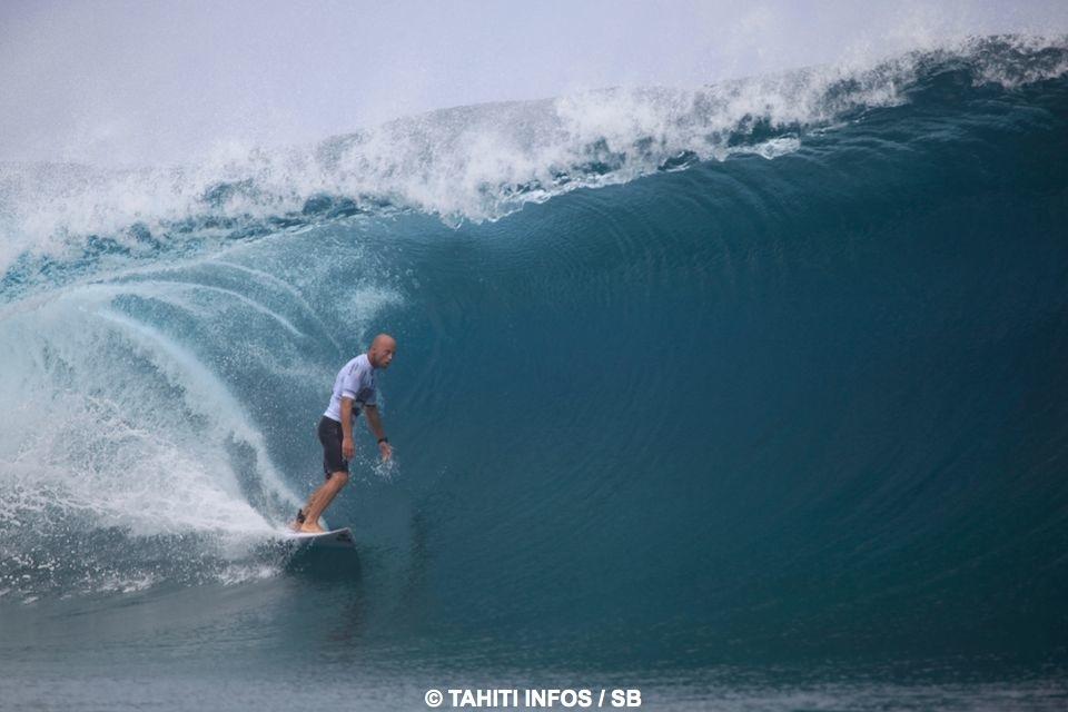 Nathan Edge, dans une des plus belles vagues de la journée