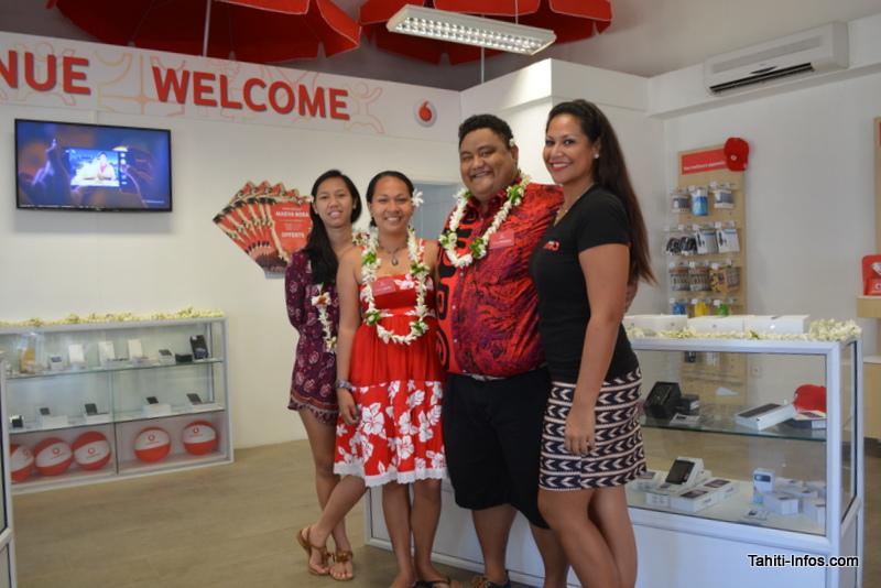 Vodafone lance sa 3G et ouvre une boutique à Bora Bora