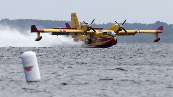 Les pilotes d'Air Cocaïne autorisés à piloter à nouveau... mais uniquement des bombardiers d'eau