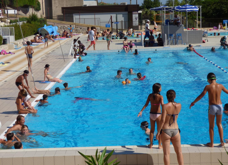 Vence : une baigneuse expulsée de la piscine municipale en raison de son pareo