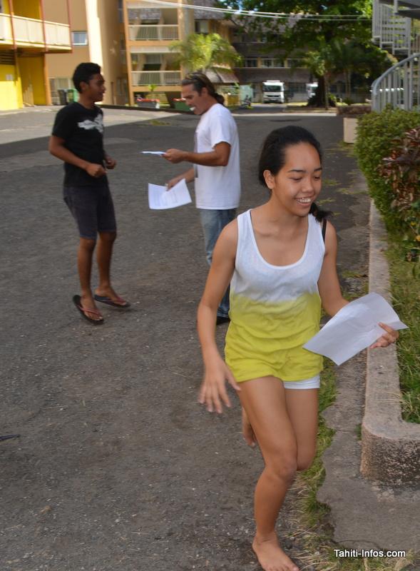 Course en individuel accompagnée de pompes (ou de flexions pour les filles) afin de résoudre les exercices !