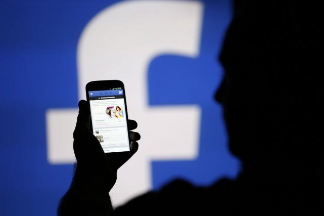 Facebook ajoute la vidéo en direct à Messenger