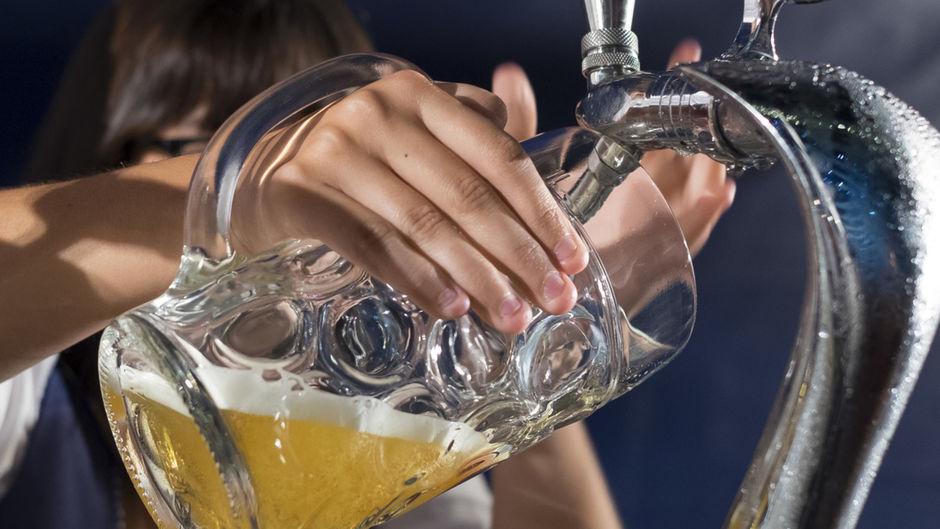Une activité physique régulière pourrait compenser en partie l'effet néfaste de l'alcool (étude)