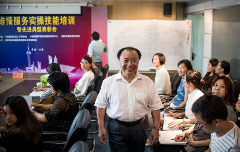 """En Chine, des espions anti-divorce """"éloignent"""" les maîtresses pour 60.000 euros"""