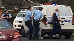 """Australie: un homme inculpé pour une agression au couteau """"inspirée par l'EI"""" (police)"""