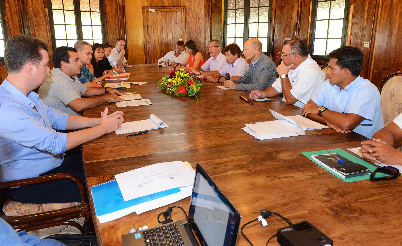Réunion sur le projet de plate-forme Initiative Polynésie française