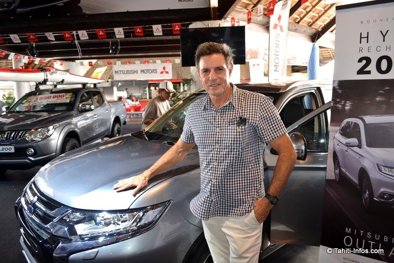 Salon de l'auto : La voiture écolo démarre en trombe