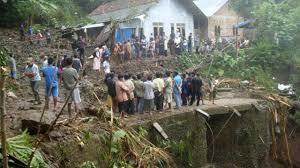 Indonésie: au moins 26 morts dans des inondations et glissements de terrains