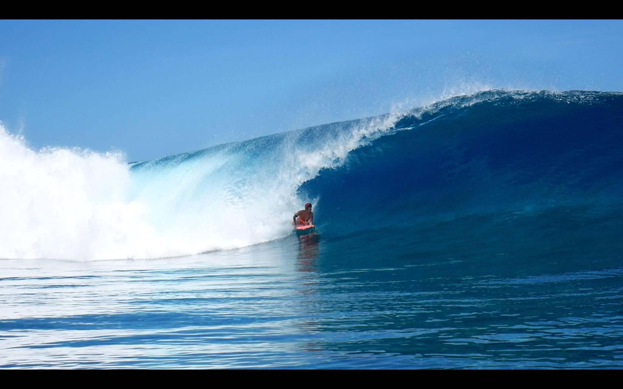 Facundo a réalisé un de ses rêves, surfer Teahupo'o