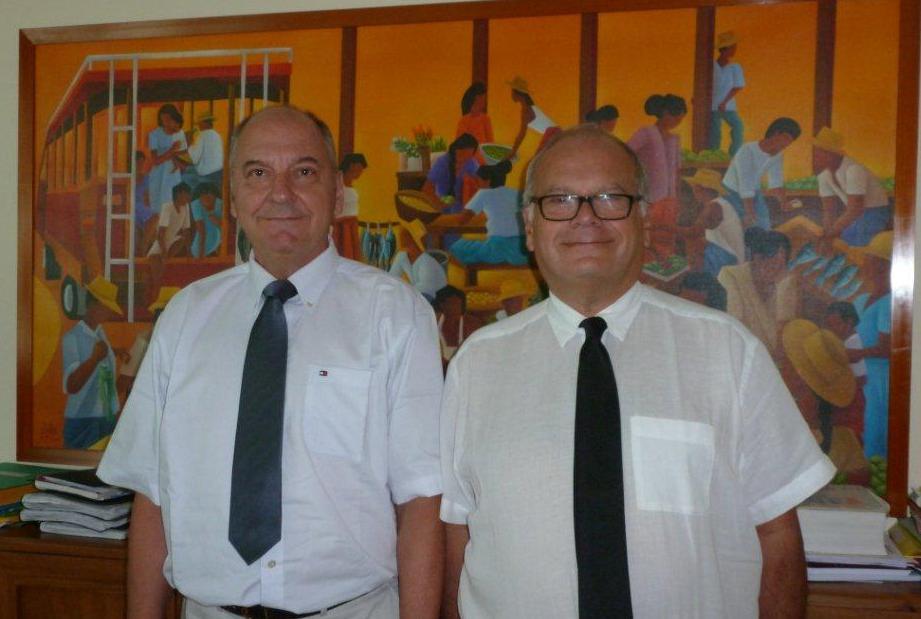 Le procureur général François Badie en compagnie du président de la CTC, Jean Lachkar.