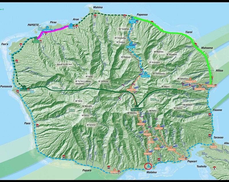 """Le projet """"Bouclage 90 000"""" va lancer la construction de deux nouvelles lignes hautes tension : un tronçon Tipaerui-Arue (en mauve), et un tronçon Papenoo-Hitiaa (en vert). Le réseau fera alors tout le tour de l'île."""